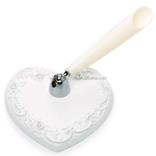 White Classic Heart Base Pen Set