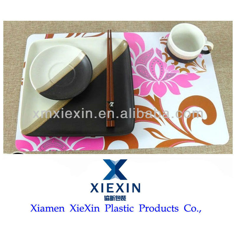 Manufacturer of cheap plastic placemat with customized offset printing