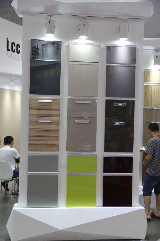 acrylique haute brillance armoires de cuisine porte volet roulant porte armoires de cuisine en. Black Bedroom Furniture Sets. Home Design Ideas