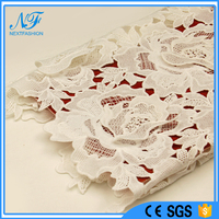 2016 trend white polyester high quality heavy embroidery lace fabric