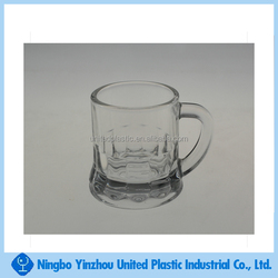 1.5 oz mini pglass whiskey mug