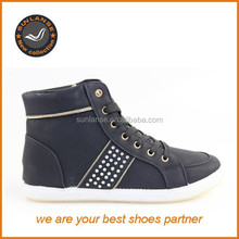 canvas shoes with rubber sole/sneaker shoes