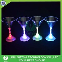 Supply Flashing Cheerful Martini Glass Led