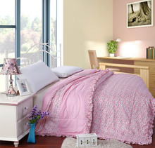 2015 Luxury soft polyester quilt printed quilt bedding adult quilt from china
