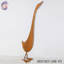Metal garden art decorative with rusty garden goose statue