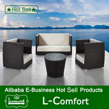 Newest Design High Quality Modern Dinning Table And Chairs