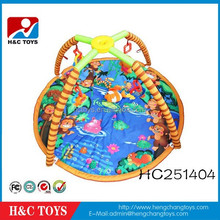 Best selling soft plush foldable newborn baby play mat with rattle HC251404