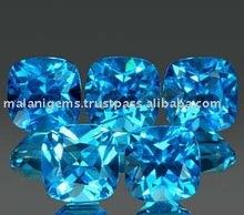 Topacio azul cojín corte de piedras preciosas..