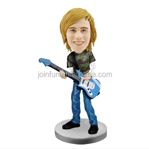 singer bobble head.jpg