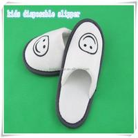 Kids bedroom disposable slipper professional manufacturer