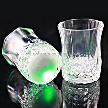 2015summer drinking projector cup for party and pub,plastic glowing cup for promotional items