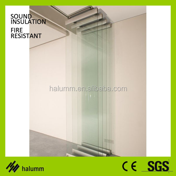 Exhibition Booth Partition : Demountable glass operable partition for shopping mall