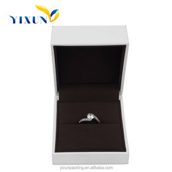 Wholesale custom design leather wedding ring box for jewelry ring packaging