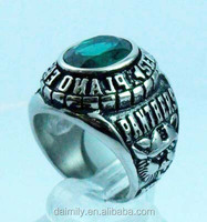 Daimily Wholesale Custom Military Panthers Jewelry set emerald Glass stone Men Ring