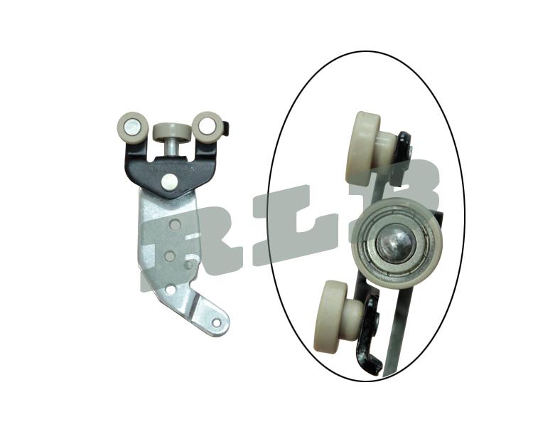 toyota hiace new model slide door down roller assy right hand drive # 68360-26130 slide door roller assy