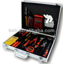 22pcs promotion gift tool set with aluminium case