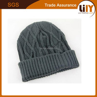 2015 hot selling grey thicken winter ski cap knit man hat