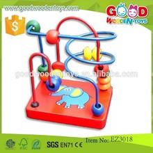 Venta caliente de cuentas de madera laberinto juguete OEM inteligente pequeño grano juguete laberinto para los niños EZ3018