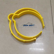 Size: 13cm / 10.7cm plastic round ring car wrap holders for rolls