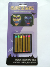 2015 halloween glow in dary face paint with crayons of crayons