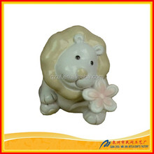 Resin craft small lion sculpture wholesale