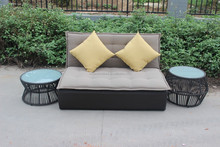 Rattan sun lounger furniture with pillow/garden rattan wick sofa