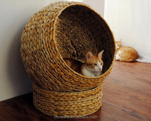 Pro-environment family commodities ,Banana leaves handmade cat house
