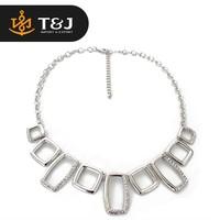 Charm fashion zinc alloy square pendant in necklace
