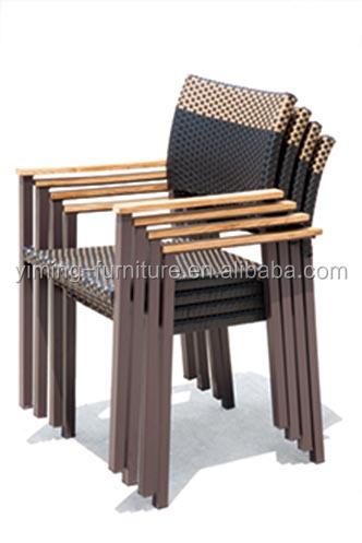 Joliet 2015 giardino usato tavoli e sedie per ristorante for Sedie in rattan per esterni