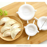 M045 wholesale high quality economical and practical kitchen magic DIY hand dumpling making tool