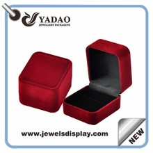 2015 high end red velvet square ring boxes packaging chests
