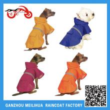 Wholesale Fashion Dog Raincoat/Waterproof Reflective Pet Raincoats for Dog