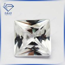 Brilliant cut precious shining stone white square shape princess cut with 4 right-angels Gemstone Corundum diamond