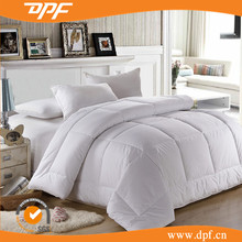 Favorable price customized Hotel white cotton quilt throw