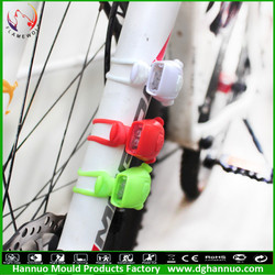 New products CE and Rohs battery powered waterproof mountainbike small led tuning light for bike