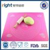 Fashion kitchen board color silicone baking mat