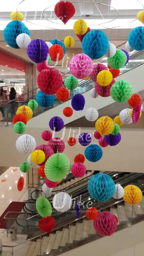 Honeycomb Paper Garland Christmas Ornament Ball Garland Decoration Tissue Honeycomb Ball Garland