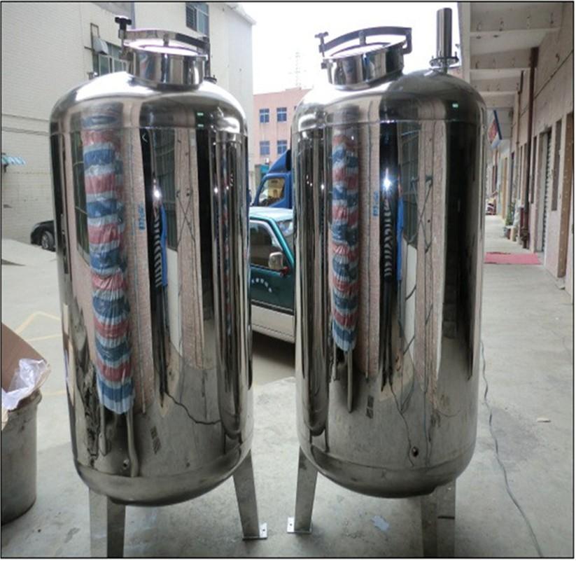 1000 liter edelstahl metall wassertank trinkwasser tank f r verkauf wasseraufbereitung produkt. Black Bedroom Furniture Sets. Home Design Ideas