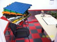 Deck rubber piazza tile