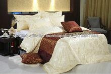 lujosa ropa de cama de algodón de color amarillo claro de seda