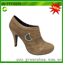 Nueva llegado zapato abotinado de tacón
