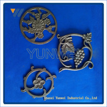 Customized Decorative Bottom Price New Coming Wrought Iron Studs Collar Product For Good Sale