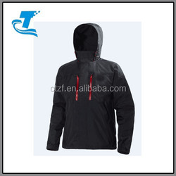 RAIN JACKET FOR MEN, IDEAL FOR ALL WEATHER AND ALL ACTIVITIES
