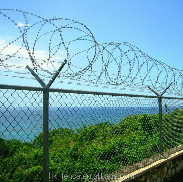Wholesale Chain link galvanized fence with top barbed wire ...