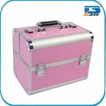 Professional aluminum makeup case