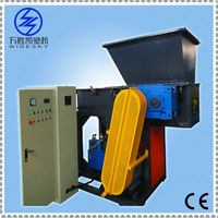 Plastic shredder unit with high performance
