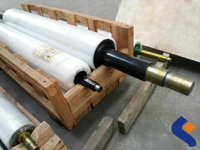 NBR rubber roller05.jpg