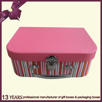 Hot sale custom paper gift box with metal handle and metal closure