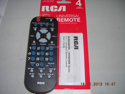 4 in 1 universal remote control RCA RCR804BFDR/RCR804BR Series TV/VCR/SAT.CBL.DTC/DVD.AUX