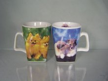 Coffee and tea cup with a square bottom